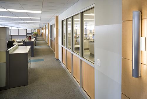 high-tech laboratory facility daylighting LEED construction