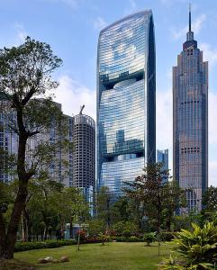 China's First Green Skyscraper Guangzhou.